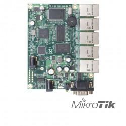 Router 5 puertos para aplicaciones OEM MIKROTIK